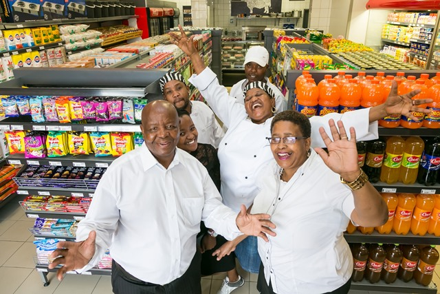 Pick n Pay - Monageng Market - owner Solly Legae and staff